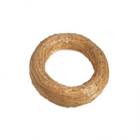 Straw wreath, 25 cm, thickness 6 cm, to decorate