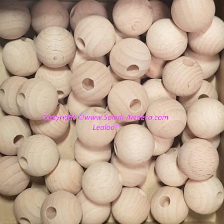 Lot of 50 small 20mm half hole unstreated beech wood balls, 6mm hole