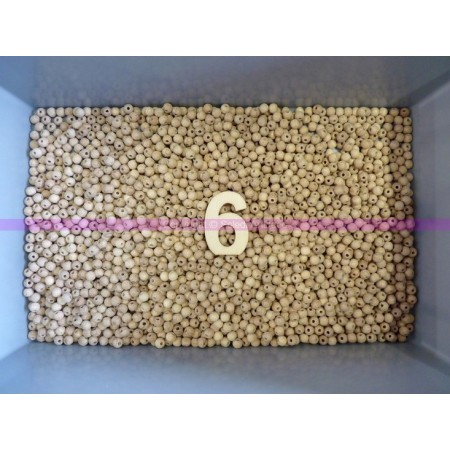 Set of 500 drilled balls made of beech wood, diameter 6 mm, hole 2 mm