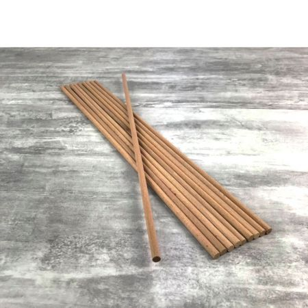 Bundle with 10 round wooden sticks in smooth beech wood, diameter 8 mm, 50cm long
