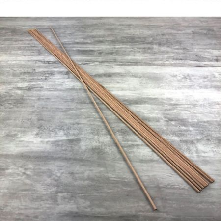Lot of 10 round rods, Trunnion in smooth beech wood, diameter 4 mm, rod 1 m long