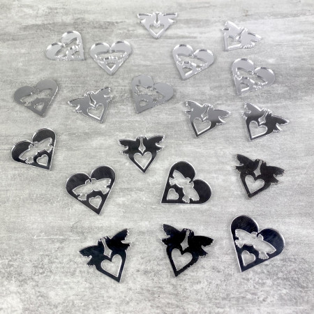 Lot of 20 Hearts and doves, 3 cm, in plastic mirror to scatter or stick, wedding decoration